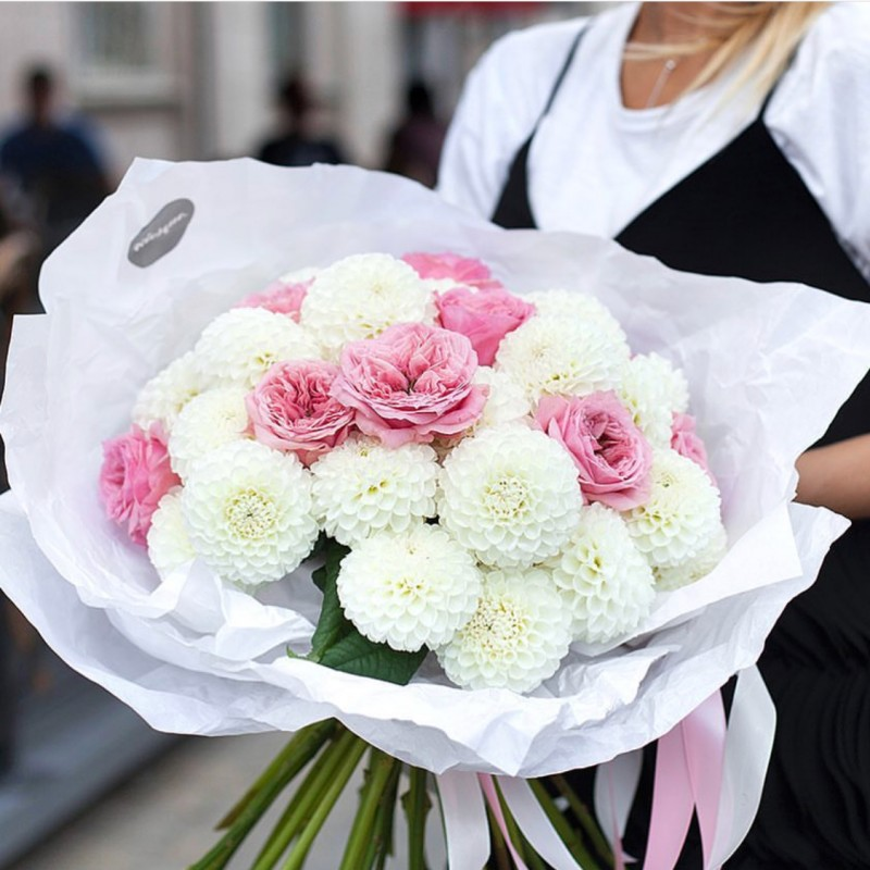 Бело-розовый пломбир